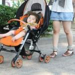 赤ちゃんの日焼け止めはいつから?塗り方とおすすめの商品を紹介