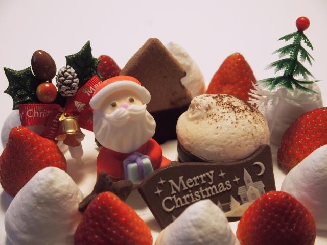 コンビニのクリスマスケーキ画像